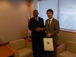 2013年11月18日 表敬(ジェローム・クロー・ウェア 在京コートジボワール大使)