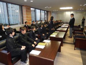 2013年11月19日 表敬(さいたま市高校生による軍縮・不拡散に関する提言書の提出)