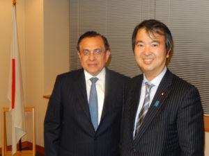 2013年11月21日 表敬(エラルド・エスカラ在京ペルー大使)